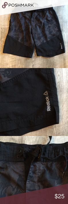 Reebok Men's Crossfit Shorts Elastic waist. Perfect Size if you are in between small and medium. Only signs of wear are a little pilling on the drawstring otherwise perfect condition. Reebok Shorts Athletic