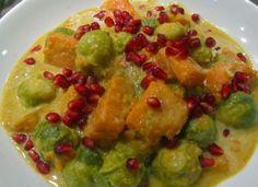 Rezept für Rosenkohl-Curry bei Essen und Trinken. Ein Rezept für 2 Personen. Und weitere Rezepte in den Kategorien Gemüse, Gewürze, Kräuter, Milch + Milchprodukte, Nüsse, Obst, Hauptspeise, Suppen / Eintöpfe, Dünsten, Kochen, Einfach, Vegetarisch.