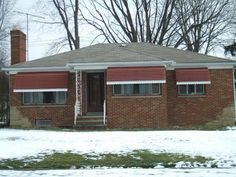 Window awnings from Fairview Home Improvment in Cleveland, Ohio  | Curb Appeal | Home decor | Ranch House