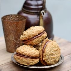 my daughter Paris will loves this Oatmeal Nutella Whoopie Pies