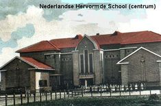 Herv. School 1 en 2 Bucharest, Capital City, School, Cabin, House Styles, Painting, Cabins, Painting Art, Schools