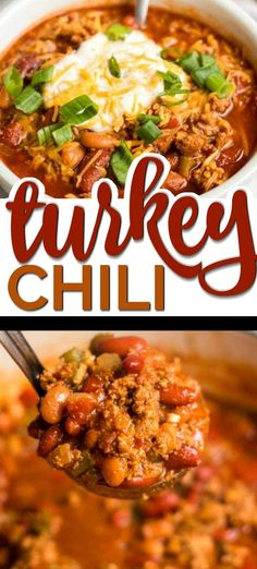 This Healthy Turkey Chili Recipe is a One-Pot Meal Game Changer - and It's Delicious! There's something nostalgic about a big hearty bowl of turkey chili. Growing up, my mom always preferred to cook with Clean Eating, Snacks Sains, Chilli Recipes, Healthy Crockpot Recipes, Healthy Turkey Recipes, Healthy One Pot Meals, Crockpot Ideas, Game Changer, The Best