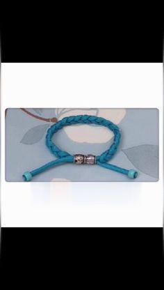 Braid Bracelet Method, Part can find Braided bracelets and more on our website.Braid Bracelet Method, Part 2019 Diy Friendship Bracelets Patterns, Diy Bracelets Easy, Bracelet Crafts, Braided Bracelets, Jewelry Crafts, Gold Bracelets, Rubber Bracelets, Charm Bracelets, Handmade Bracelets