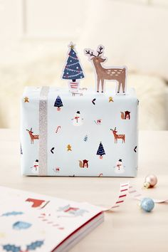 3D Christmas Scene gift wrapping idea