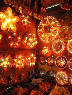 Make a Parol: A Filipino Christmas Lantern – The Hook and I Christmas Parol, Christmas Lanterns, Christmas Decorations, Holiday Decor, Little Christmas, Christmas Holidays, Christmas Tree, Xmas, Parol Filipino