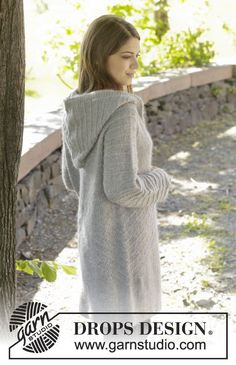 """Autumn getaway / DROPS - free knitting patterns by DROPS design DROPS jacket knitted from top to bottom in """"Alpaca"""" and """"Kid-Silk"""" with raglan sleeves, hood and textured pattern. Crochet Coat, Crochet Jacket, Knit Jacket, Crochet Clothes, Drops Design, Knitting Designs, Knitting Patterns Free, Free Knitting, Free Pattern"""