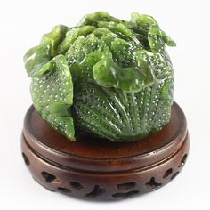 Superb Hand-carved Chinese Green Hetian Jade Cabbage Statue