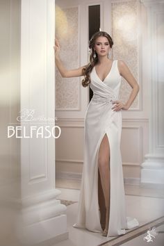Amazing Champagne Satin Evening Sheath Dress with a Slit, Deep V Neck Cut and Open Back by Belfaso Low Cut Dresses, Dresses With Sleeves, Evening Dresses, Prom Dresses, Formal Dresses, Haute Couture Dresses, Dream Dress, Dress Collection, Sheath Dress