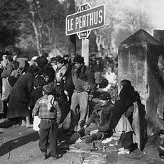 Le Perthus en 1939-1945 Réfugiés Espanols au Perthus, 1939