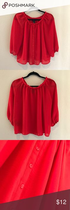 H&M woman top (Red)❤️💋👠 H&M woman chiffon top! 🌻🌻 In hot red color🌹🌶💋, makes you pop out  🛍😍👑 at anywhere🏞🌅🌆🌉 H&M Tops