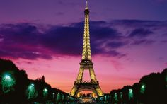The Eiffel Tower is an iron lattice tower located on the Champ de Mars in Paris, France. It was named after the engineer Alexandre Gustave Eiffel, whose company designed and built the tower. Paris Tour, Oh Paris, Paris City, Rainy Paris, Chanel Paris, France Wallpaper, Paris Wallpaper, Wallpaper Desktop, Team Wallpaper