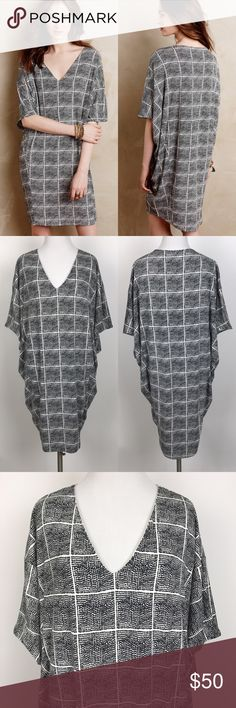 "[Anthropologie] Paned Cocoon Dress Bella Luxx Rare Cocoon style dress by Bella Luxx from Anthropologie. Pullover style. V neck. Short Dolman sleeves. Lined. Black and white graphic window pane print. Super soft.   🔹Pit to Pit: 19"" 🔹Length: 34"" 🔹Condition: Excellent pre-owned condition.   *F85 Anthropologie Dresses Mini"