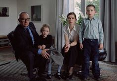 Thomas Struth - The Richter Family Keulen Visual Thinking Strategies, Gerhard Richter, Best Portraits, Human Condition, Abstract Art, Museum, Face, Artist, People