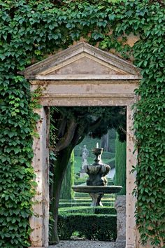 Doorway - Giardino Giusti, Verona, Italy
