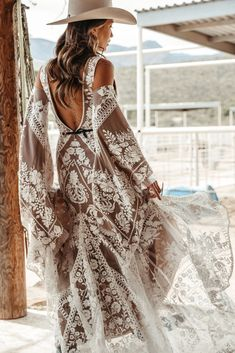 Off-white embroidery on mesh, paired with a deep nude mesh lining, give the Jackson Gown a very modern romance. Ethereal and elegant, the form fitted… Bohemian Wedding Dresses, Best Wedding Dresses, Boho Bride, Bridal Dresses, Boho Chic, Bohemian Mode, Modern Bohemian, Hippie Stil, Look Boho