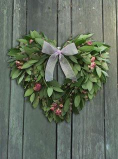 Wreath - Magnolia Leaves with Roses Wreath Crafts, Diy Wreath, Door Wreaths, Heart Wreath, Heart Ornament, Christmas Wreaths, Christmas Crafts, Christmas Decorations, Christmas Trends