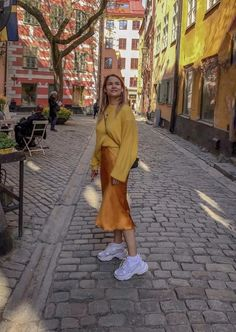 Orange bias silk satin midi skirt Stretch silk slip skirt Silk basic clothing Silk skirt Orange skirt Midi skirt in 2020 Basic Outfits, Skirt Outfits, Cool Outfits, Casual Outfits, Satin Midi Skirt, Silk Skirt, Silk Dress, Girl Fashion, Fashion Outfits