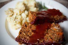 Vegan Lentil & Walnut Loaf with Moms Special Sauce {Adding this primarily for the sauce recipe.}