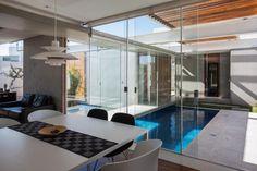 Sliding Pergolas House by FGMF Arquitetos (10)