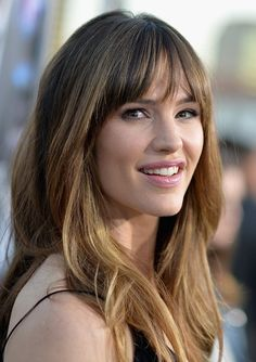 Pin for Later: Jessica Biel, Kate Bosworth and Katie Holmes Bring the Glamour Jennifer Garner Get ready to print this photo for Summer hair color inspiration. You'll want to copy Jennifer's bangs and blond ombré from the Draft Day premiere.