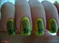 Konad Addict: Lemons and Limes manicure