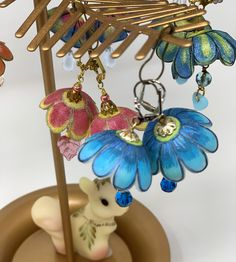 Artist Sandy Moreno brings her unique style of jewelry, journals and other creations to our event on May 2nd in Fullerton, CA. Admission is $7.00 at the door. Medium Art, Handmade Art, Mixed Media Art, Journals, Spring, Unique, Artist, Jewelry, Style