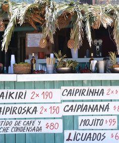 Bar en la playa. Punta del Diablo, Uruguay.