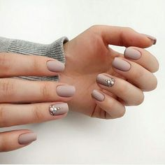 Nail Shapes New Trends and Designs of Different Nail Shapes squoval acrylic nails Squoval Acrylic Nails, Acrylic Nails Natural, Nail Shapes Squoval, Acrylic Nail Shapes, Acrylic Nail Designs, Glitter Nails, Types Of Nails Shapes, Different Nail Shapes, Prom Nails