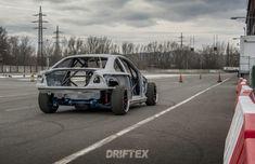 Nový Driftexcar roste pekelným tempem - stavba BMW E46 V8 kompresor Bmw E46