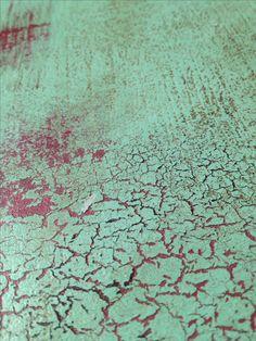 Repesztés és strukturált felület az asztallapon.