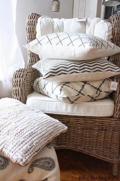Gruvgatan 13: Textiles and cushions
