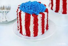 4th of July Cake!...Love the ruffles!!