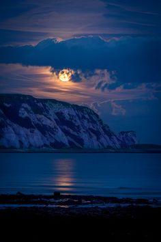 Full Moon Rising, by Freddie Lee Thompson, on 500px.