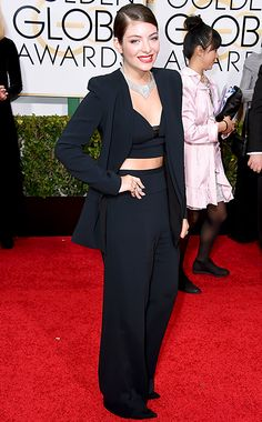 Lorde Wows With Minimal Makeup, Diamonds at 2015 Golden Globes: Pic - Us Weekly
