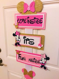 Come Inside its Fun inside Minnie Mouse welcome sign Minnie Minnie Mouse Birthday Decorations, Minnie Mouse Theme Party, Minnie Mouse First Birthday, Girl First Birthday, First Birthday Parties, First Birthdays, Mickey Birthday, Happy Birthday, Minnie Mouse Clubhouse