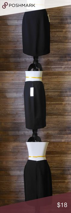 "Laura Scott Petite Career Pencil Skirt Work Sz 8P New with tags Laura Scott Petite Skirt. Size 8P  Approximate measurements  (Taken while garment laid flat)  Waist: 13 1/2 "" Hips:  16"" Length:  22""     ❌I do NOT trade ❌ 🛍10% off 2+ item bundles 📸Instagram @Yami.Boutique (Exclusive Pop Up Discount codes ONLY for my followers!) Laura Scott Skirts Pencil"