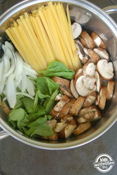 one pot pasta with mushrooms and spinach