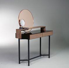 Ornatu 'dressing table' - Virtu collection by De Intuïtiefabriek.