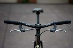 like handlebar and handgrip http://www.cycleexif.com/on-one-il-pompino