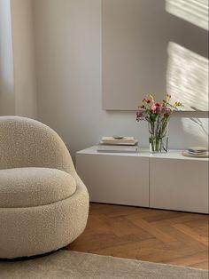 Home Room Design, Dream Home Design, Home Interior Design, House Design, Minimalist Room, Aesthetic Room Decor, My New Room, House Rooms, Living Room Interior