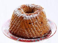 Viikuna-piimäkakku - Reseptit Deli, Bagel, Doughnut, Fig, Sweet Recipes, Nom Nom, Biscuits, Muffin, Food And Drink