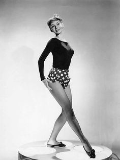 """AUDREY HEPBURN made Life cover 9 times -- more than any star.Unlike Marilyn Monroe & Liz Taylor, she wasn't voluptuous --she was slim w/ballerina's pose. At tribute evening in NY in '91, she referred to herself as """"the skinny broad"""" who had been turned into """"marketable commodity"""""""