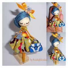 Yarn Dolls, Felt Dolls, Paper Dolls, Felt Crafts Patterns, Doll Patterns, Doll Crafts, Cute Crafts, Victorian Christmas Decorations, Clothespin Dolls