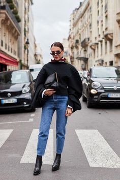 9117c36e8d3 See all the most covetable street style looks from Paris Fashion Week.   parisfashionweeks