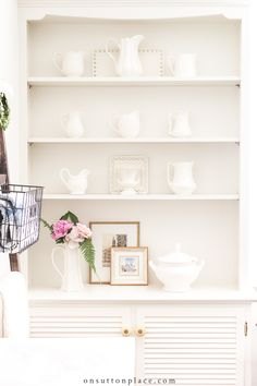 Shabby Chic Interior Design Ideas For Your Home Shabby Chic Interiors, Shabby Chic Decor, Vintage Decor, Shabby Vintage, French Vintage, Rule Of Three, Sutton Place, Home Renovation, Decor Ideas