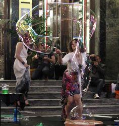 le forme delle bolle di sapone  Alegria Bubble show