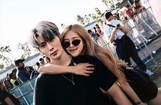 Blackpink Photos, Couple Photos, Foto Rose, Korean Photo, Blackpink Funny, Role Player, Girl Korea, Kpop Couples, Korean Couple