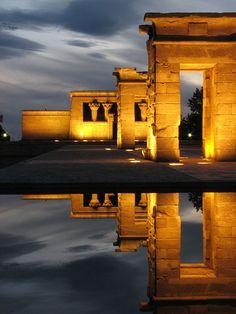 Templo de Debod - Madrid. Es uno de los sitios mas bonitos para ver atardecer. Visitas al interior