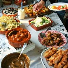 22 Ideas For Appetizers Finger Foods Hand Tapas Buffet, Beignets, Paella, Spanish Tapas, Bbq, Finger Food Appetizers, High Tea, Food And Drink, Favorite Recipes