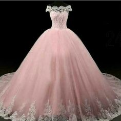 Apr 2020 - American wedding dress designers specializing in custom made to order wedding gowns & evening dresses you can afford from the USA. Xv Dresses, Quince Dresses, Ball Gown Dresses, Evening Dresses, Pageant Dresses, Formal Dresses, Pretty Quinceanera Dresses, Pretty Prom Dresses, Sweet 16 Dresses